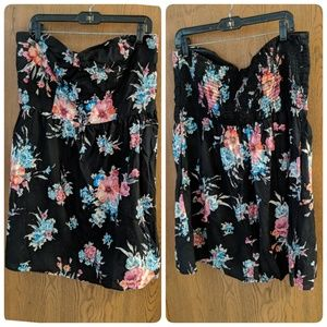 Strapless Floral Babydoll Top w/Pockets! 😱